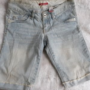 UNIONBAY LIGHT WASH SHORTS
